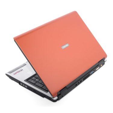 Ноутбук бу Toshiba Satellite P100